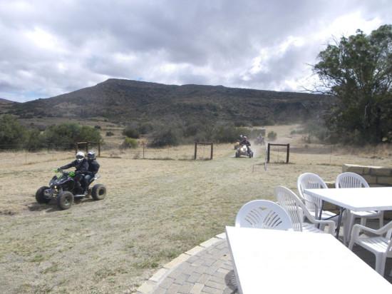 4x4 Mountain Cottage Accommodation Bike trails